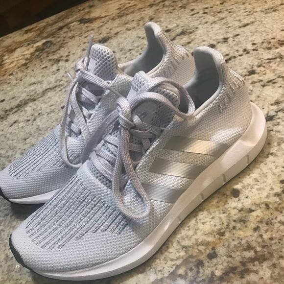 b2e276d64 adidas Originals Swift Run W Grey Silver